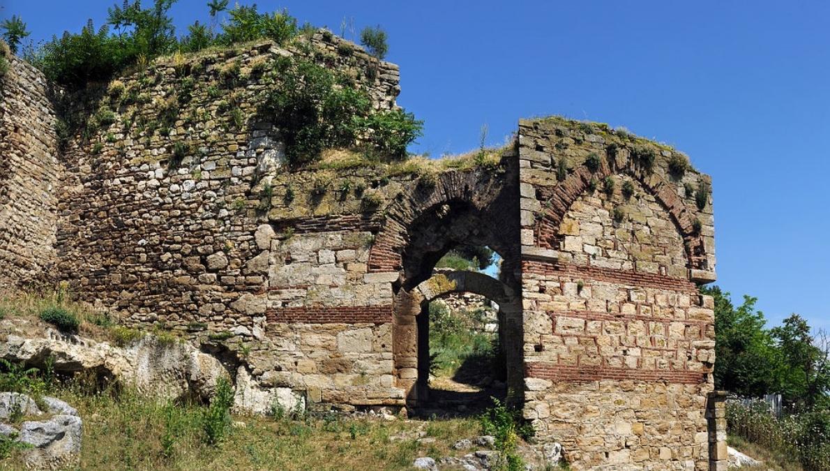 Το Διδυμότειχο με τα Βυζαντινά Κάστρα του, τις σπηλιές και το Τέμενος του Βαγιαζήτ