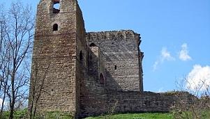 Ο διπλός Πύργος στο Πύθιο