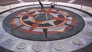 Слънчевият часовник, Хасково